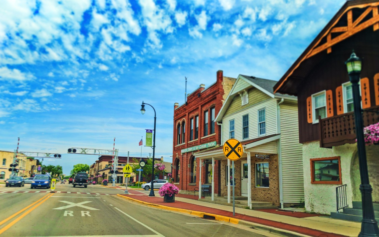 Driving-on-Main-Street-in-Waunakee-Wisconsin-2